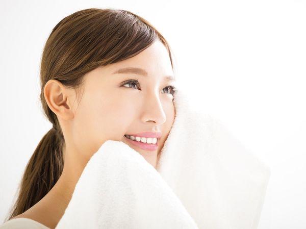 美肌を保つポイントは「毛穴ケア」!ケア方法も紹介